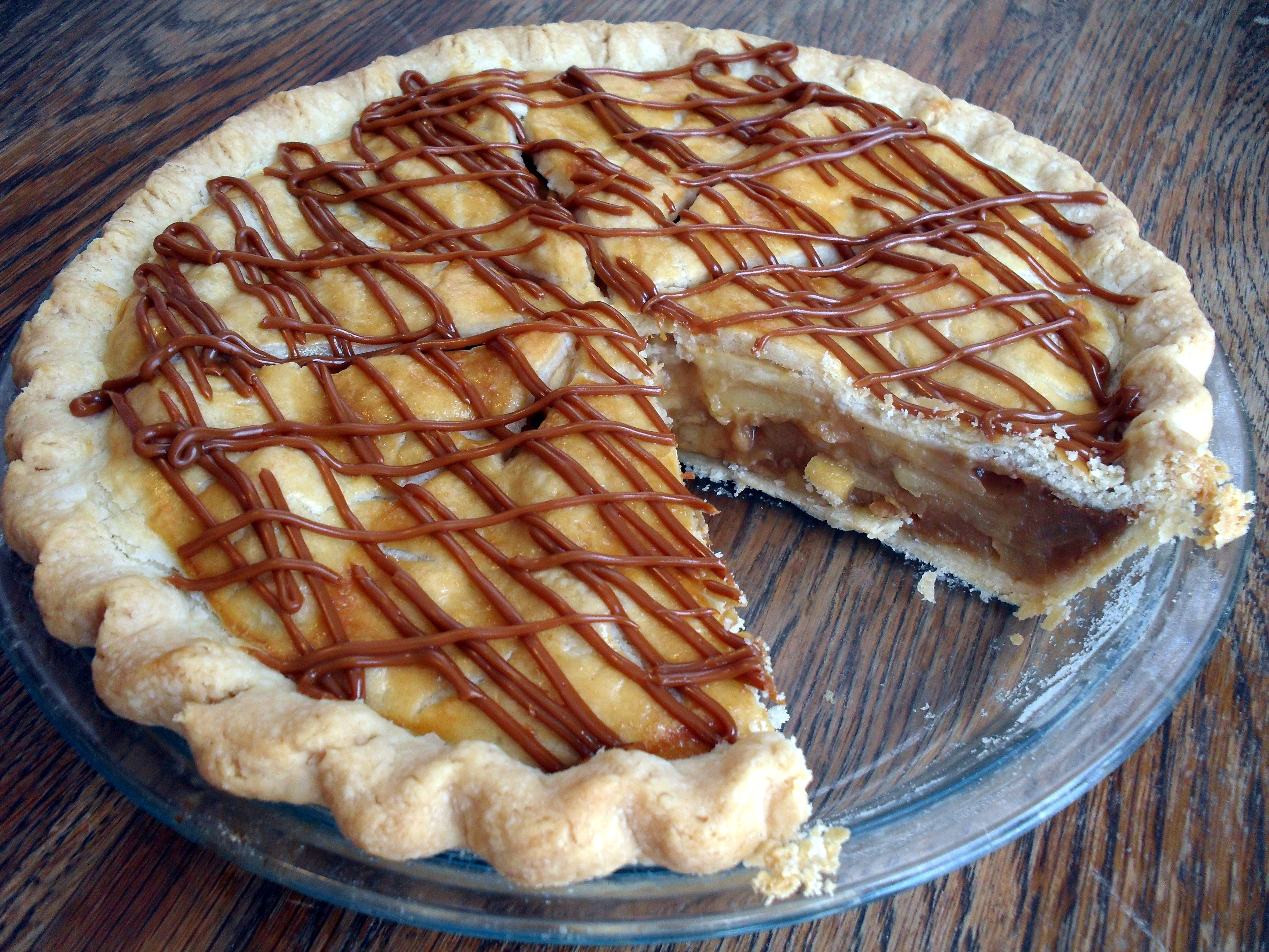Dulce de Leche Apple Pie | Veronica's Cornucopia