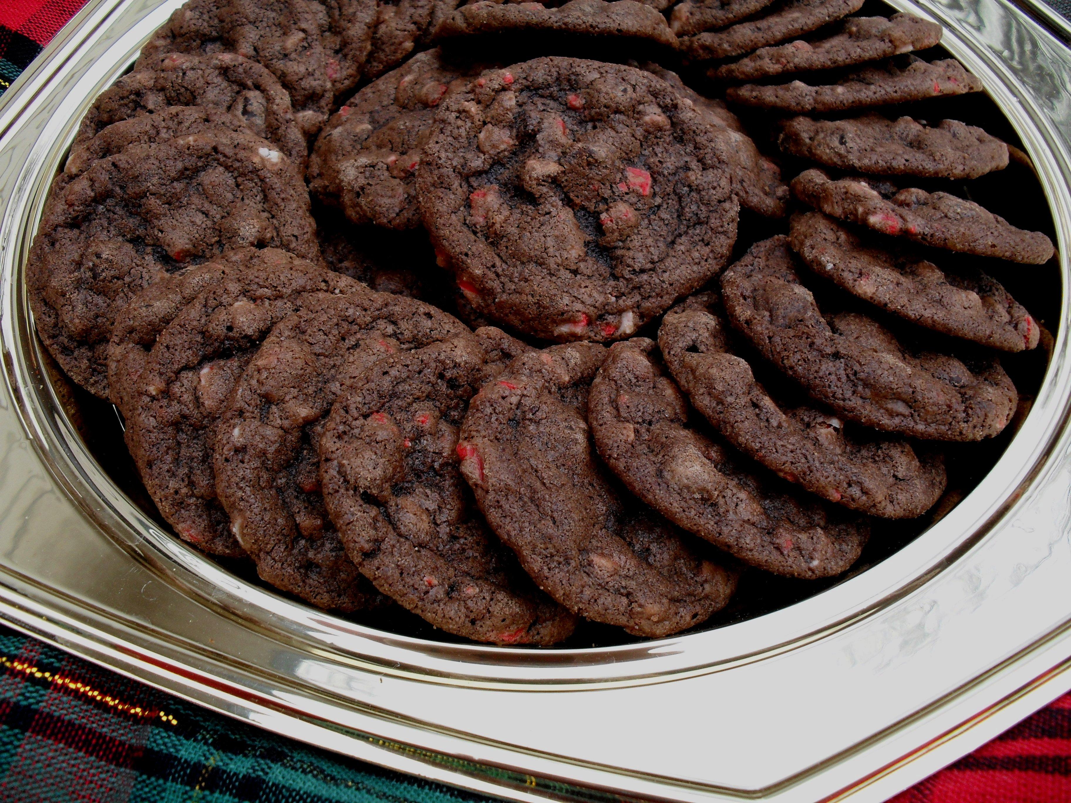 Chocolate Peppermint Chip Cookies | Veronica's Cornucopia