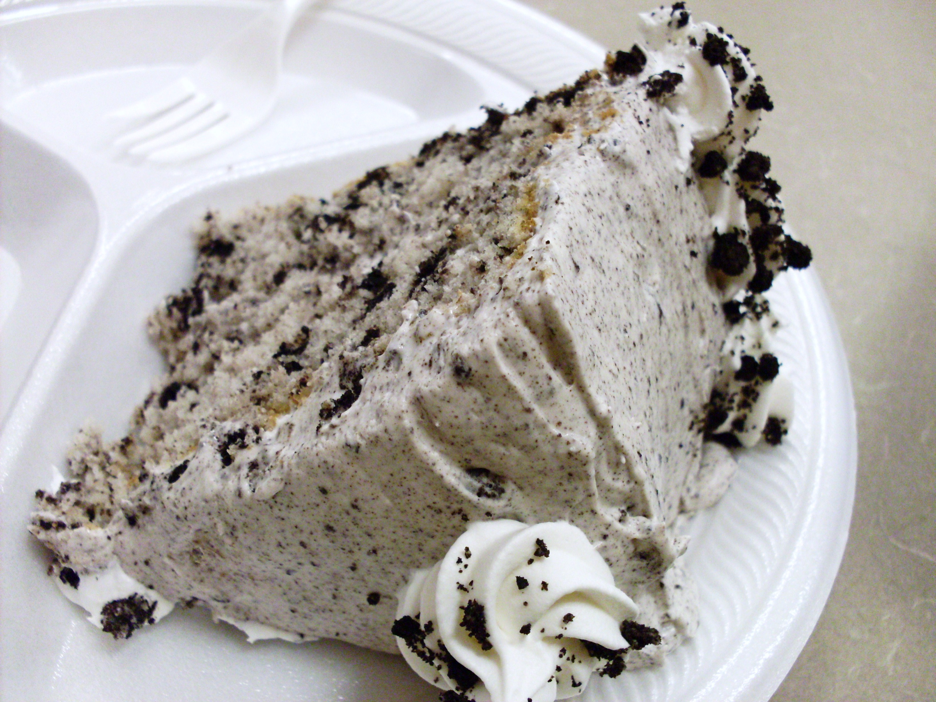 Oreo Cookie (or Cookies 'n Cream) Cake | Veronica's Cornucopia