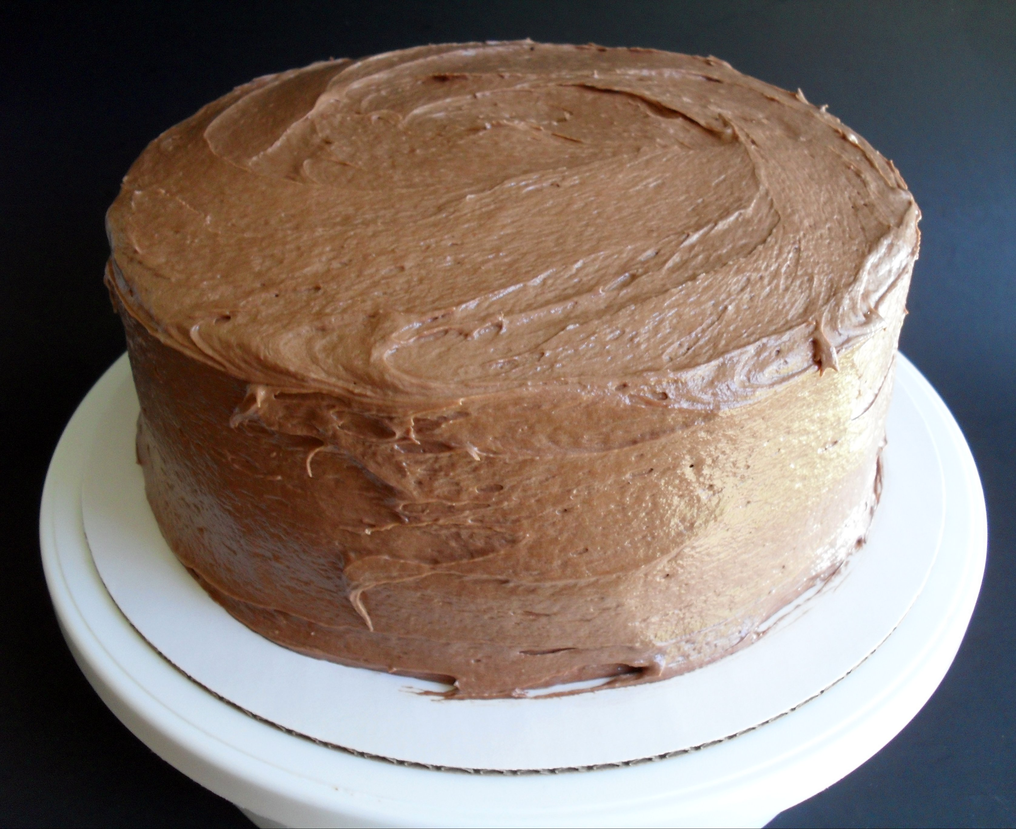 ... sour cream yellow layer cake with chocolate sour cream frosting recept