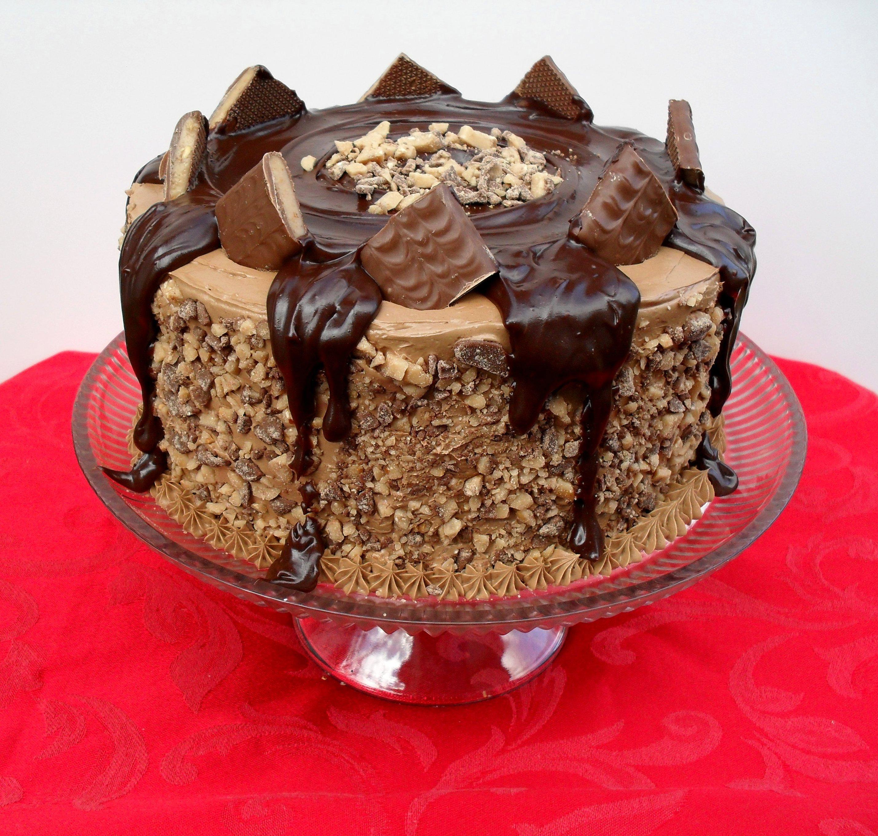 Cake Design Recipe : THE Mocha Crunch Cake Veronica s Cornucopia