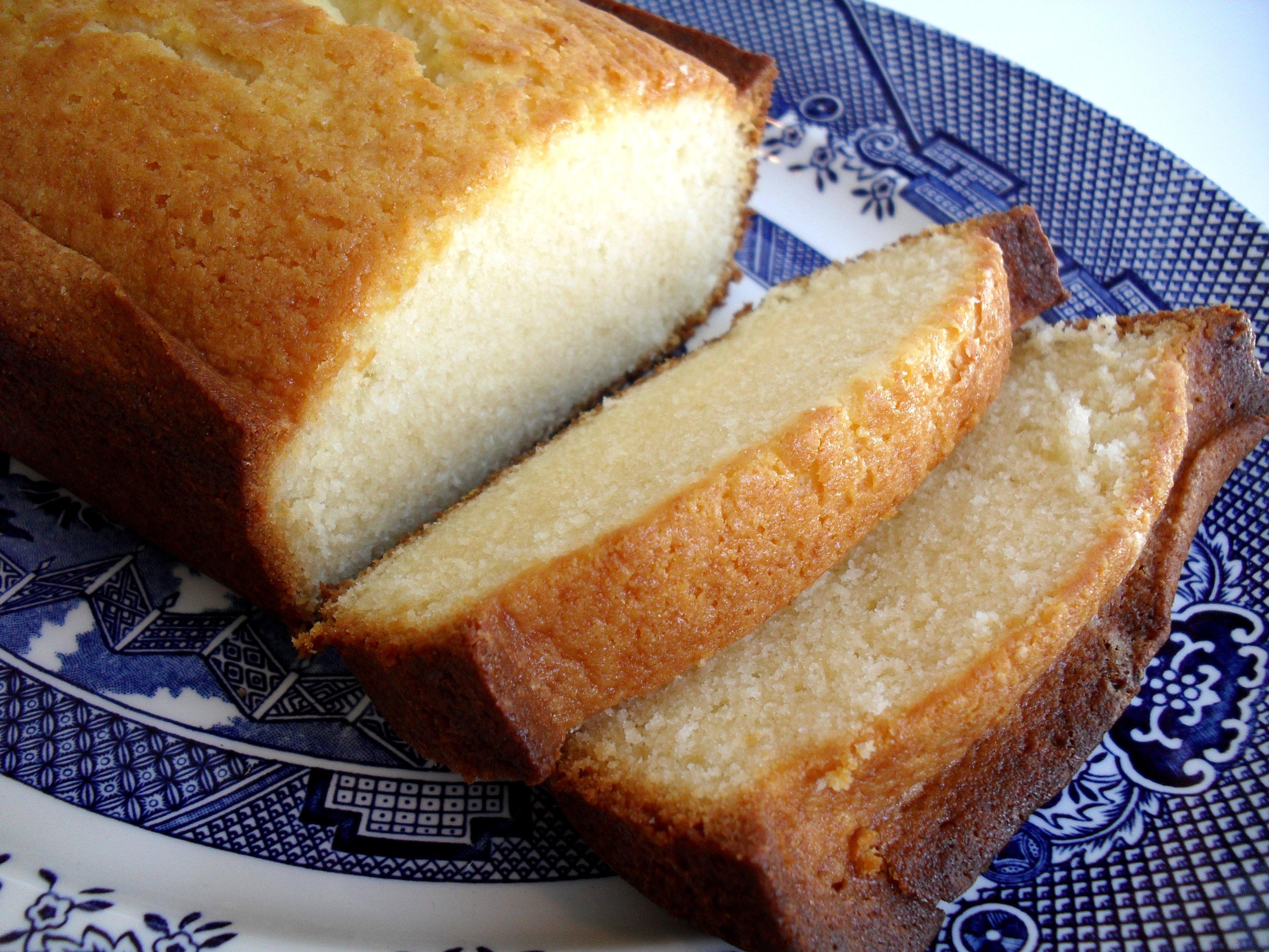 Condensed Milk Pound Cake | veronicascornucopia.com