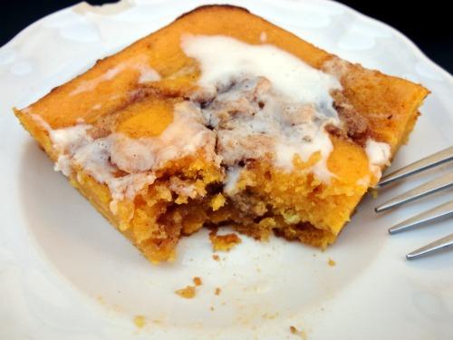 Cinnamon Roll Pumpkin Sheet Cake | Veronica's Cornucopia